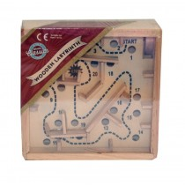 A to Z Toys Classic Wooden Labyrinth