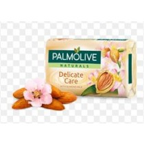 PALMOLIVE NATURALS DELICATE CARE BAR OF SOAP WITH ALMOND MILK - 3 x 90 GRAMS